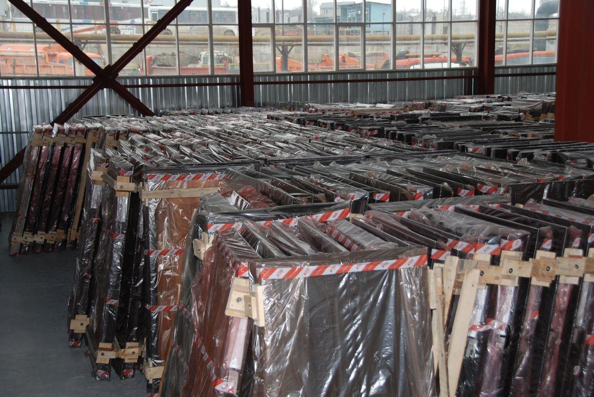 склады по продаже металлических дверей